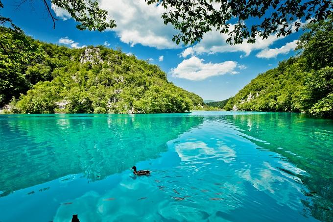 beautiful_landscape_in_the_plitvice_lakes_national_park_in_croatia_shutterstock_107631170