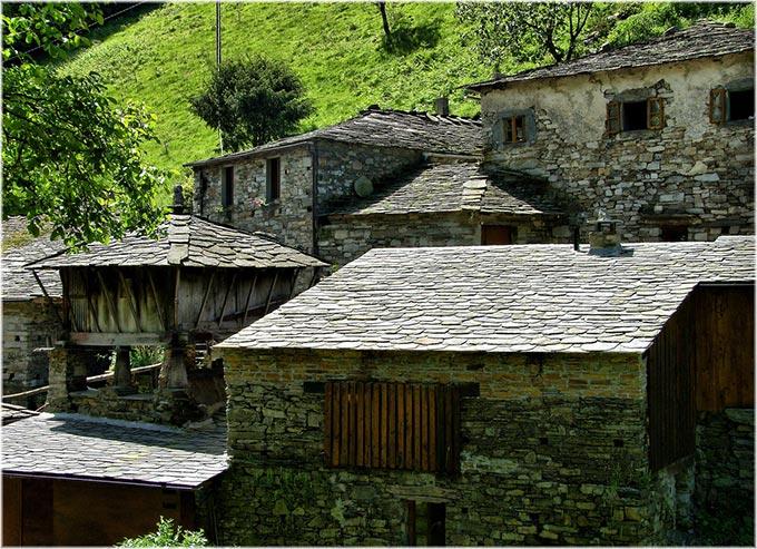 taramundi-asturias-editorial-use-only-jose-luis-cernadas-iglesias-flickr