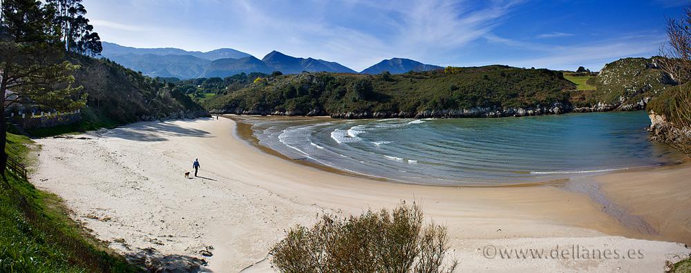 b2010_11779_panoramica_playa_poo_llanes_asturias
