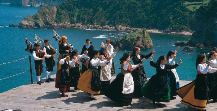sierra_del_aramo_urbano_suarez Asturias enamora a todos sus visitantes… QUIERES SABER POR QUÉ?